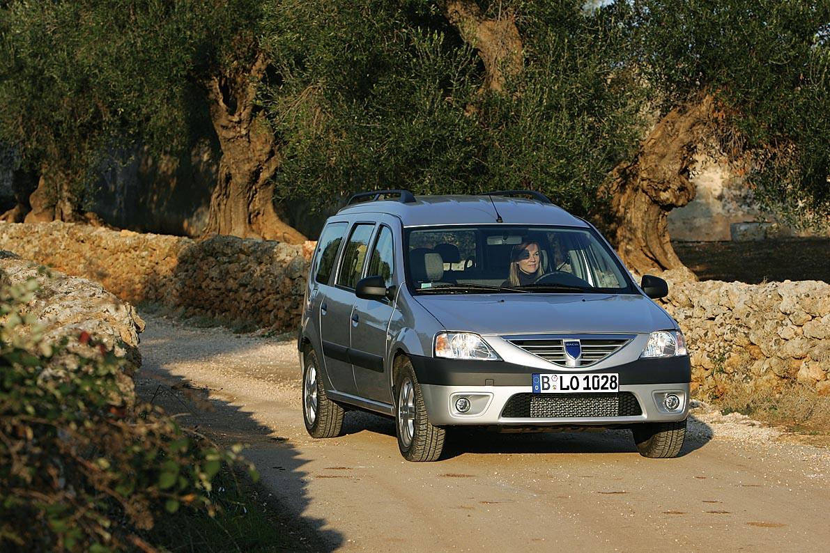 24_X_Dacia_Logan MCV = Butschel 4