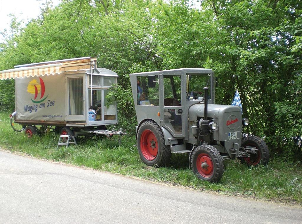 Hias Bulldog & Planwagen unterwegs