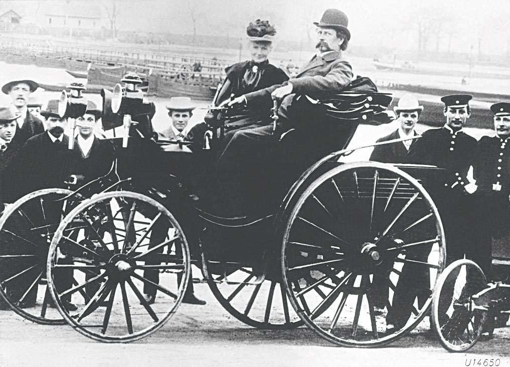 Bertha und Carl Benz