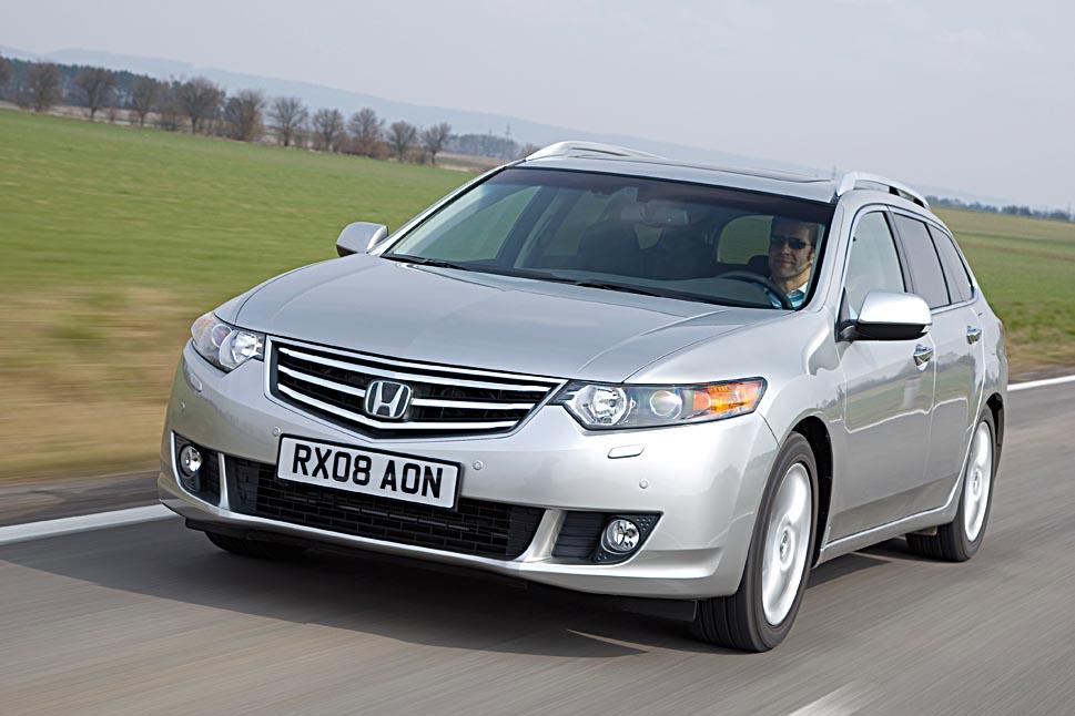 Honda Accord Kombi Benziner