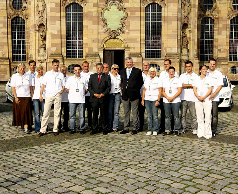 Peugeot--Teams erfolgreich gestartet--1
