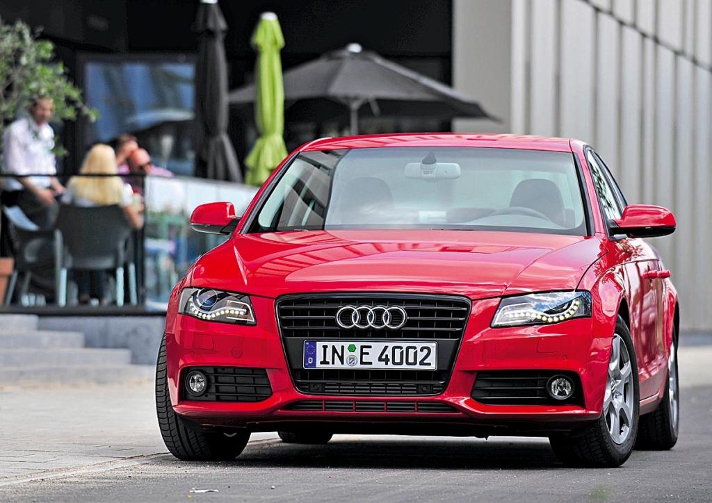 Audi A4 2.0 TDI e/Standaufnahme