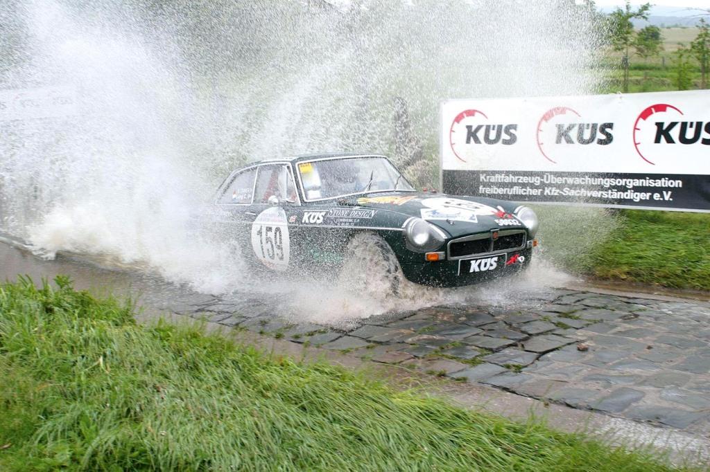 TriumphGTM_Masters_MGBGT_Saarland-Rallye_2005-06-18