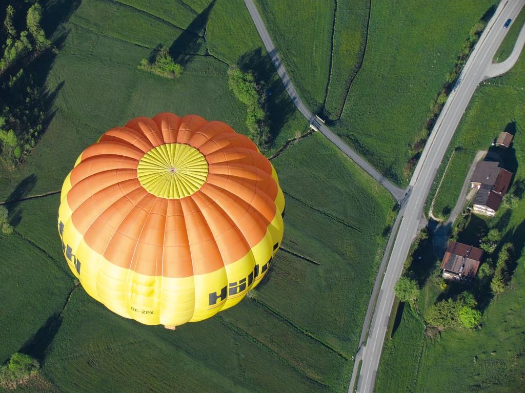 33_7_heissluftballon