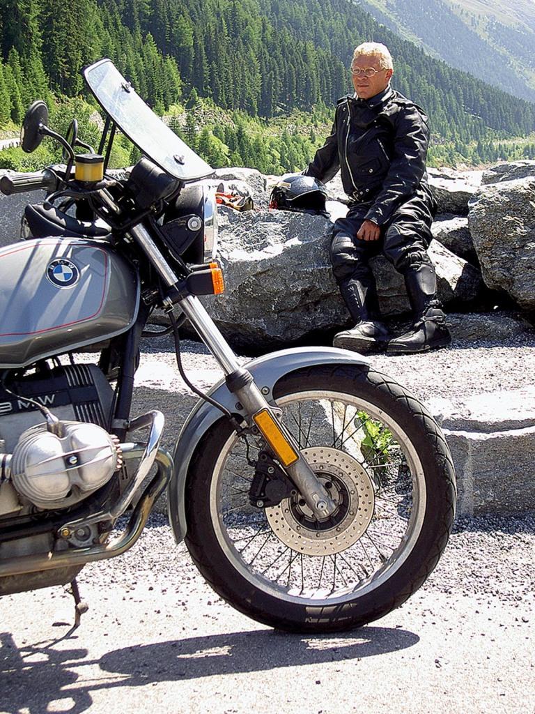 35_18_pause_beim_motorradfahren_bmw_motorrad