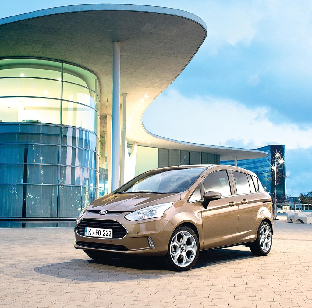 Ford B-MAX ist Europas Nummer 1 im Segment der kompakten Multi-Activity Vehicles