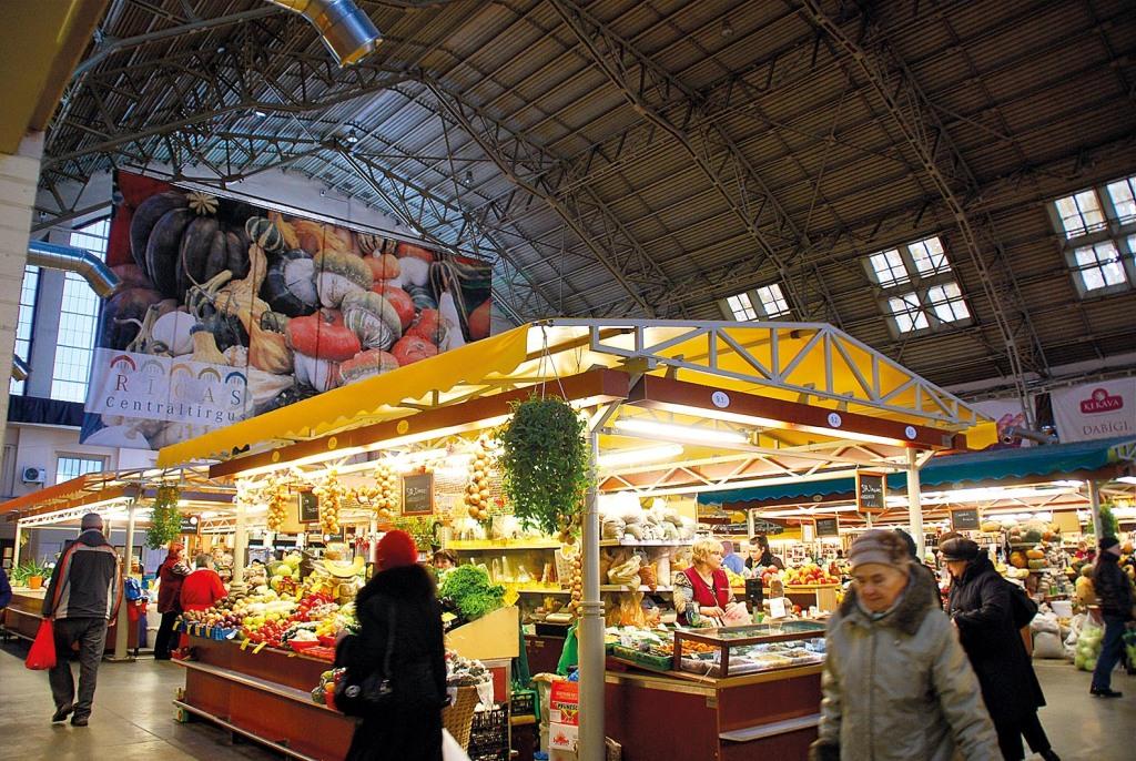 38_X_Markthalle_im_einstigen_Zeppelinhangar_in_Riga_rwg