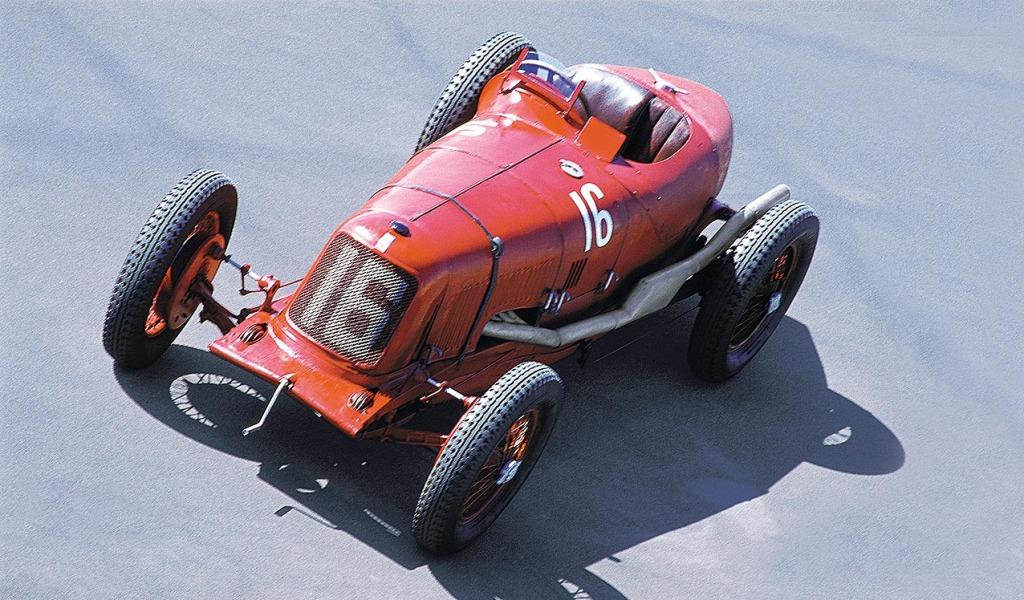 38_X_Maserati_Tipo_26