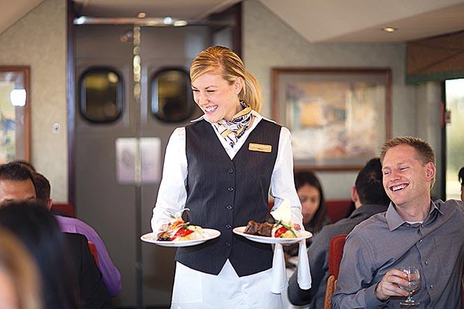 38_X_RM_Delicious_gourmet_meals_GoldLeaf_Service.PR_Foto