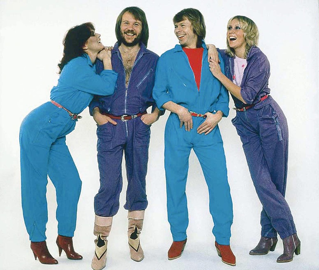 39_14_abba_in_concert