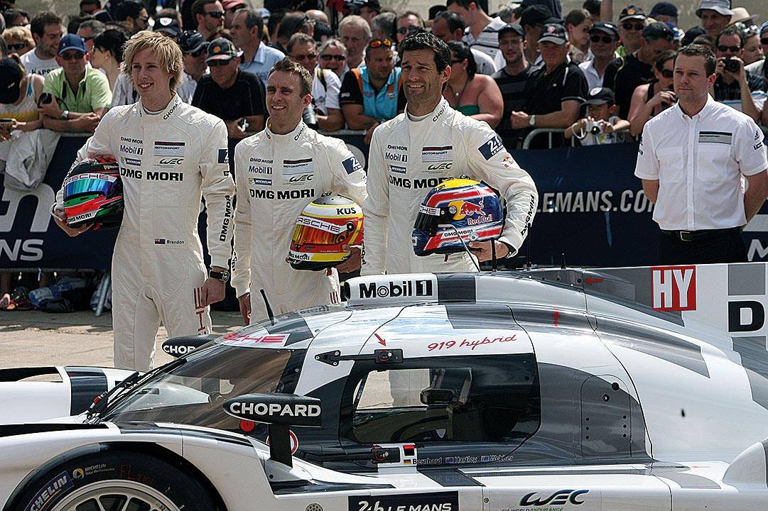 Brendon Hartley, Timo Bernhard und Mark Webber bei der Präsentation in Le Mans