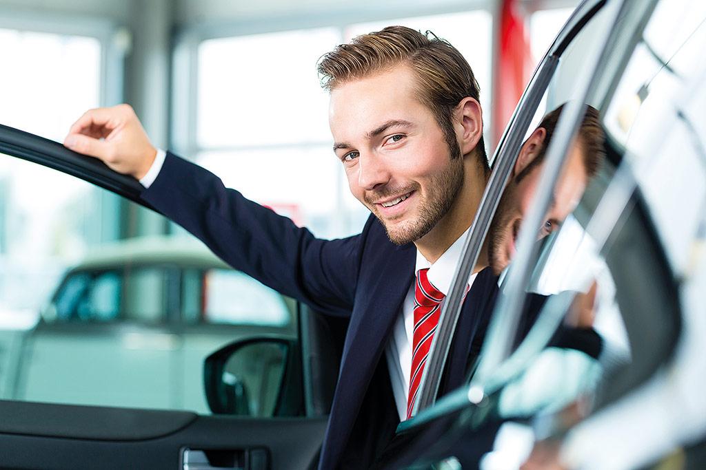 Dating eines Gebrauchtwagenverkäufers Pensacola Dating-Szene