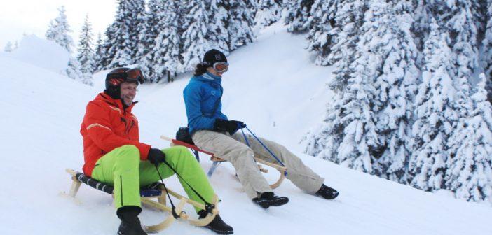 Rodeln und Schneeschuhwandern in der Tiroler Wildschönau