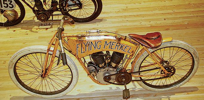 Timmelsjoch-Museum: 230 historische Motorräder mit Alpenpanorama