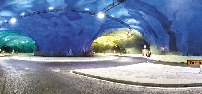 Färöer-Inseln: Tunnel unter dem Nordatlantik mit Kreisverkehr